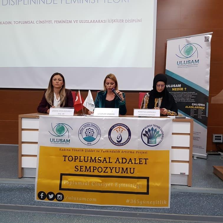 """TAS19 2. Oturumu """"Cinsiyet Eşitliği ve Teorik Yaklaşımlar"""" başlığı ile Sevda Kurul'un başkanlığında, Doç. Dr. Çiğdem Aydın Koyuncu ve Rümeysa Çamdereli'nin konuşmaları ile gerçekleştirildi."""